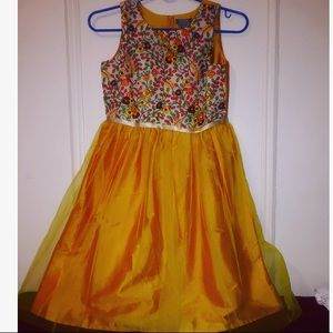 Other - Girls dress mustard color